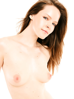 Watch4Beauty  Lilian White  Erotic, Softcore, Casting