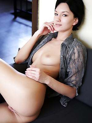 Errotica-Archives  Loreen  Ass, Boobs, Breasts, Tits, Erotic, Softcore, Legs, Amazing