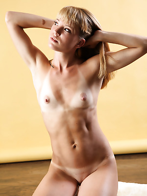 avErotica  Amber  Legs, Erotic, Amateur, Solo, Blondes, Amazing, Teens