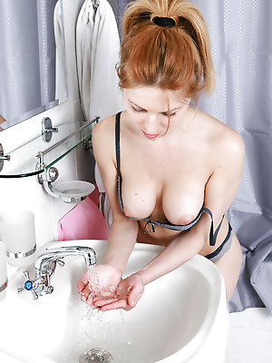 avErotica  Yara  Amateur, Red Heads, Erotic, Bath, Shower, Teens, Solo